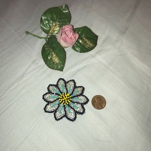 Accessories - Embellished small bead hair barrette